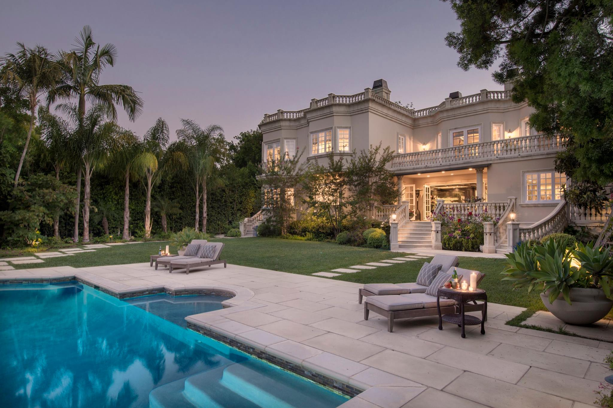 808 N Alpine Dr. Beverly Hills 90210